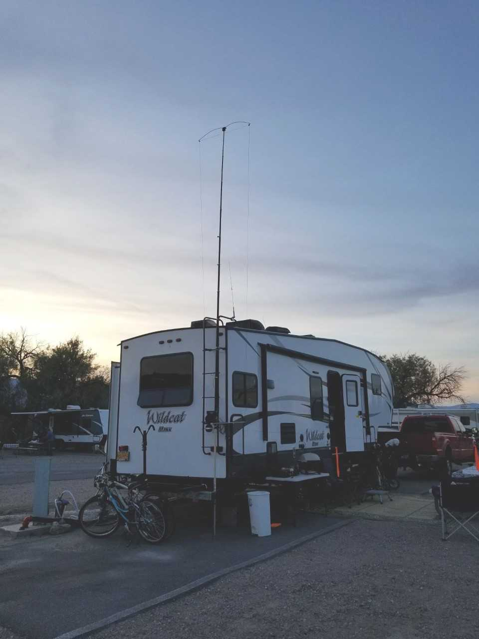 Crank IR on RV in Death Valley - W7JST